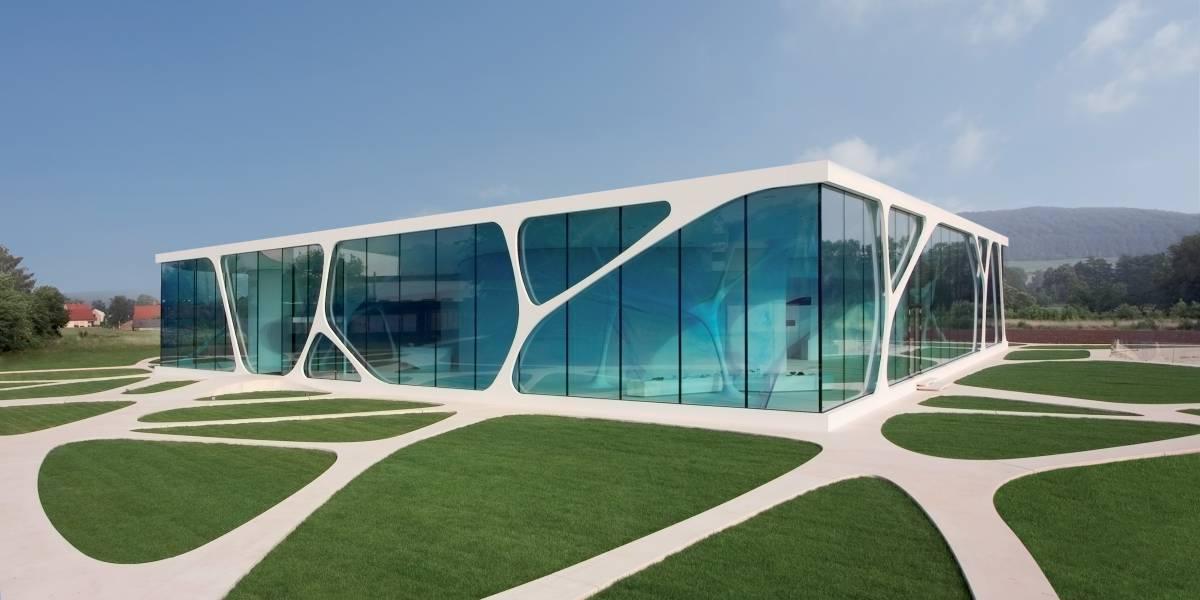 Leonardo Glass Cube | HI MACS®